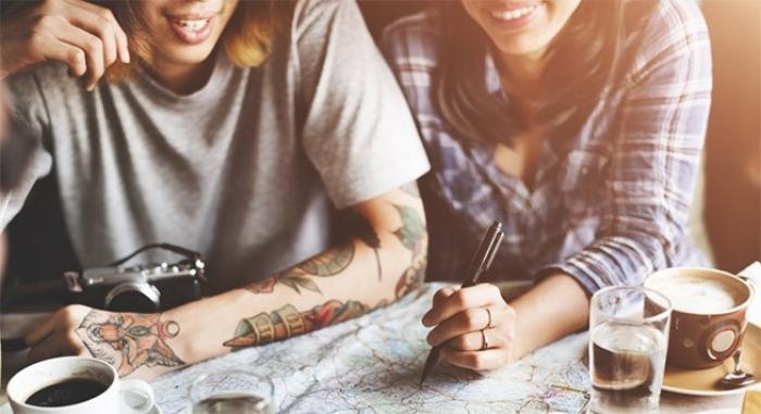 اختر وجهتك للتعلم اللغة في الخارج مع EF إنجليش لايف